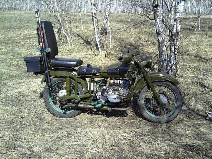 Урал цвета хаки